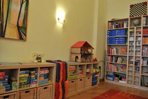 Puppenhaus und viele Spiele